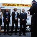 L'inaugurazione con Gianni Alemanno e Fabrizio Santori (Foto Omniroma)