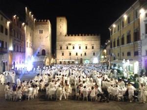 Cena Bianca a TODI (Umbria)